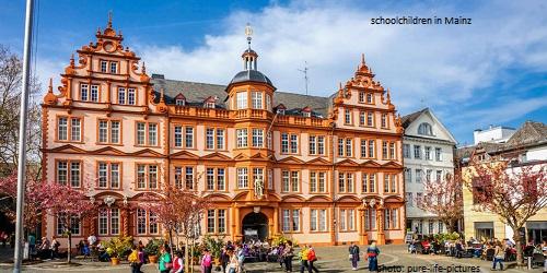 Germany (Rhine- Land Palatinate)'s School holiday calendar