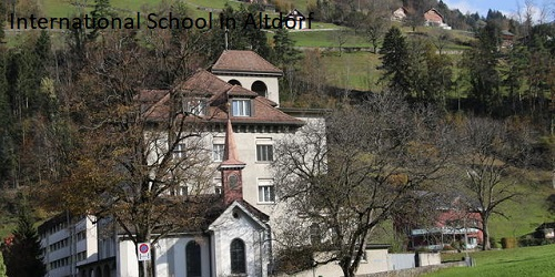 Switzerland (Uri)'s School holiday calendar